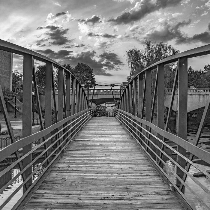 gvl_bridge_bw
